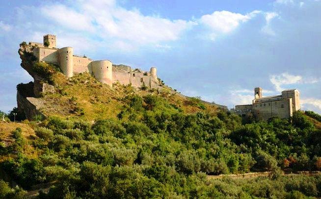 Gessopalena, la Matera d'Abruzzo e Roccascalegna, la fortezza longobarda