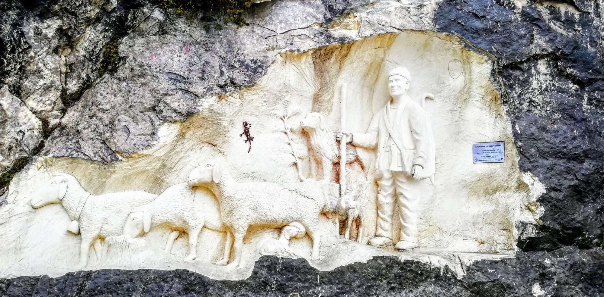 Arte e natura sulla montagna madre