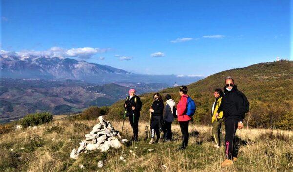 Salendo sul cresta posta a sud di Pallano chiamata la Torretta